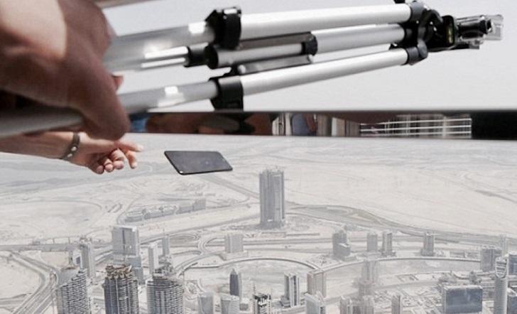 Prueba de resistencia de un iPhone 7 Plus desde el edificio más alto del mundo