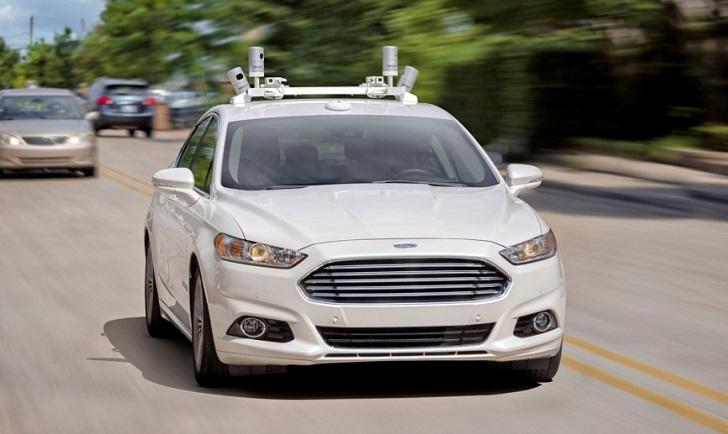 BlackBerry trabajará con Ford en el desarrollo de sus coches autónomos