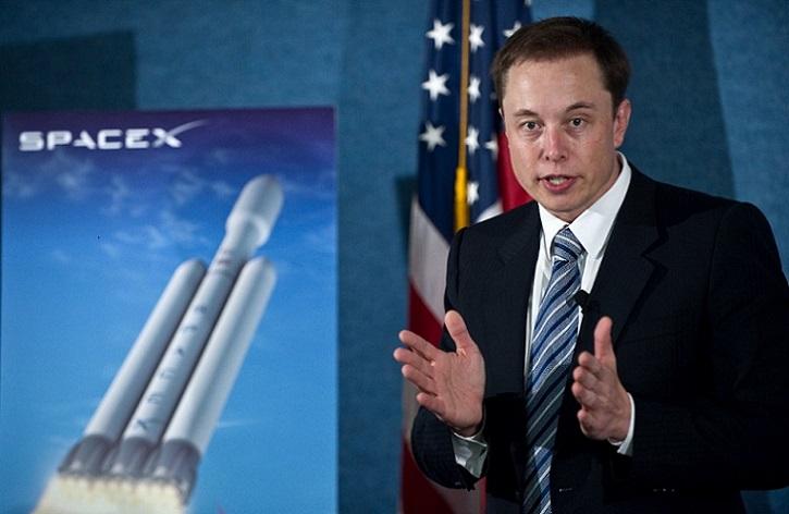 Elon Musk planea lanzar 4.425 satélites para su gran red global de internet