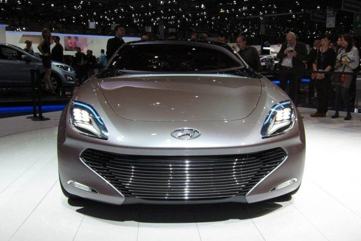 Hyundai planea introducir 28 modelos de coches ecológicos para 2020