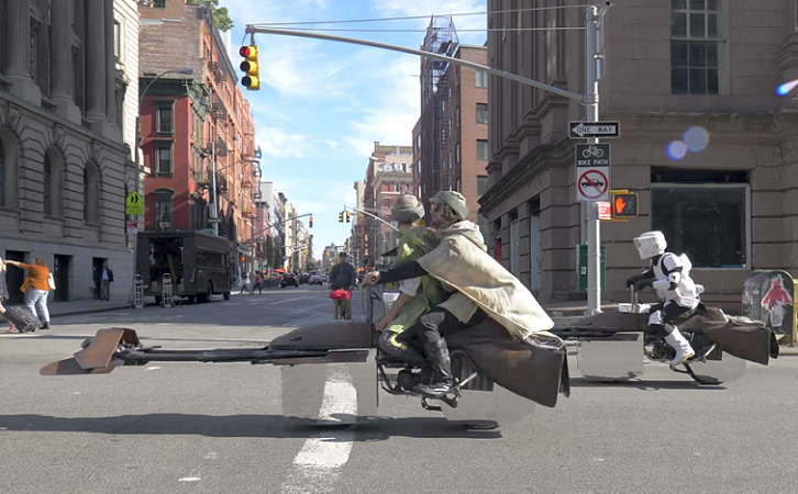 """Transforman una simple moto en una """"speeder bike"""" de """"Star Wars"""""""