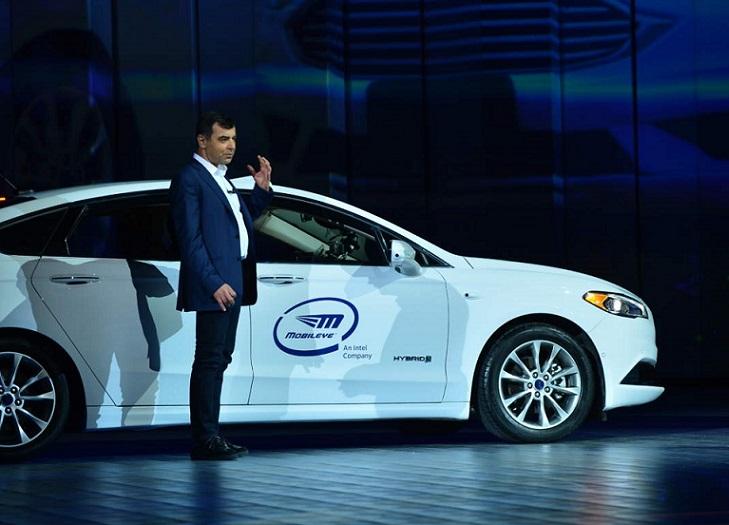 Intel impulsa el campo de los autos autónomos