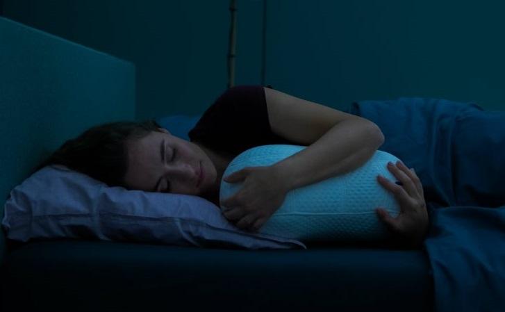 Somnox, la almohada robótica que nos permite dormir mejor
