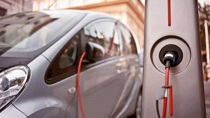 California planea tener 250.000 puntos de carga eléctricos para el año 2025