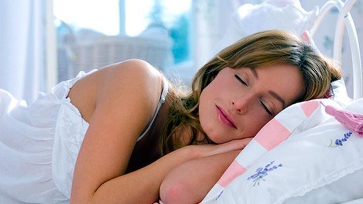 Máquinas de ruido ambiental que ayudan a dormir mejor