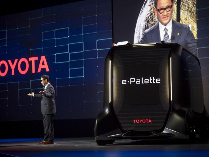 Softbank y Toyota forman una alianza para el desarrollo de coches autónomos