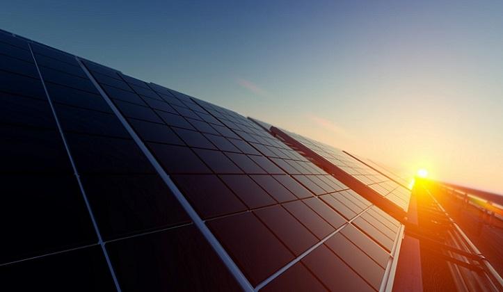 Facebook planea construir una gigantesca planta solar en los EE.UU.